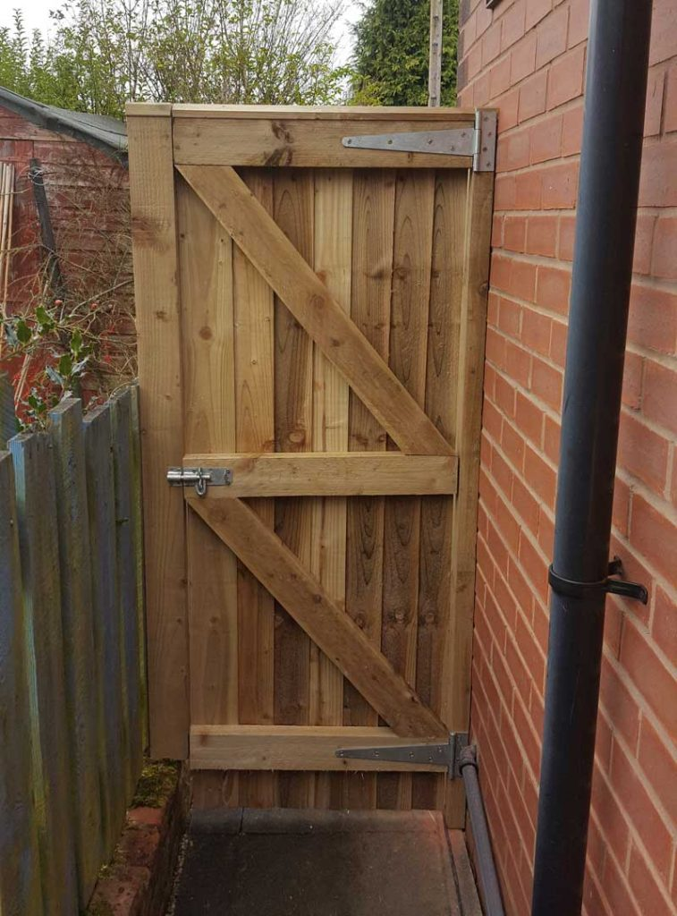 Garden Fencing Wooden Fence Panels And Gates In